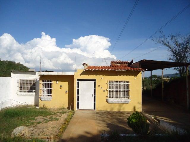 Casa Lara>Barquisimeto>Parroquia Catedral - Venta:16.000.000 Bolivares - codigo: 15-16175
