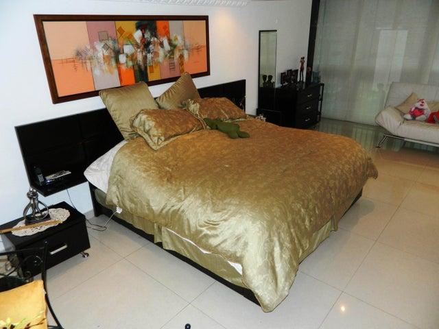 Apartamento Distrito Metropolitano>Caracas>Montalban II - Venta:224.472.000.000 Precio Referencial - codigo: 15-16295