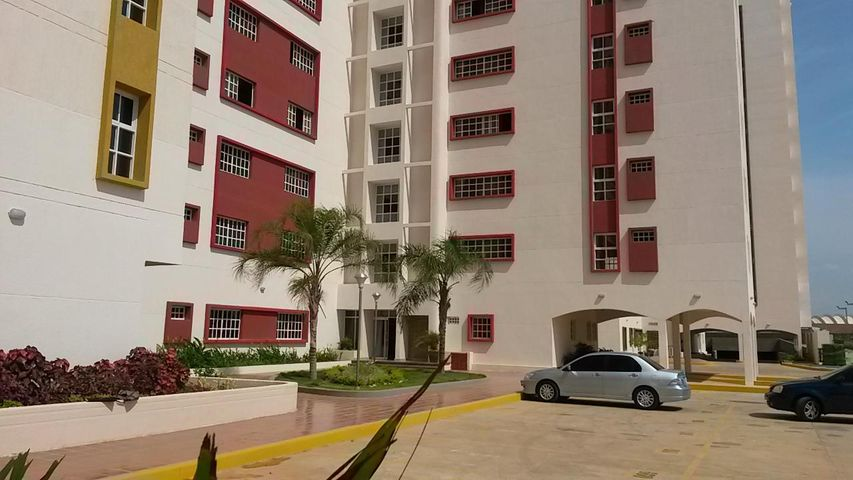 Apartamento Zulia>Maracaibo>Avenida Milagro Norte - Venta:120.000.000 Bolivares Fuertes - codigo: 15-9749