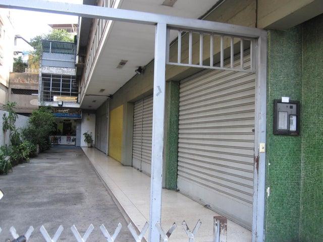 Oficina Distrito Metropolitano>Caracas>Horizonte - Venta:40.727.000.000 Bolivares - codigo: 15-16722