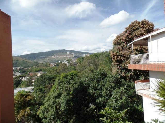 Apartamento Distrito Metropolitano>Caracas>Lomas de La Trinidad - Venta:41.122.000 Precio Referencial - codigo: 15-16427