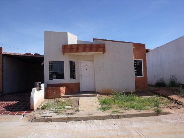 Casa Bolivar>Ciudad Bolivar>Sector Marhuanta - Venta:3.981.000 Precio Referencial - codigo: 15-16438