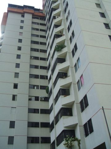 Apartamento Distrito Metropolitano>Caracas>Lomas del Avila - Venta:8.518.000.000 Bolivares Fuertes - codigo: 15-16447