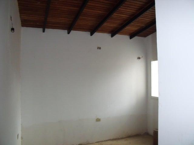 Casa Bolivar>Ciudad Bolivar>Sector Marhuanta - Venta:2.150.000.000 Bolivares Fuertes - codigo: 15-16437