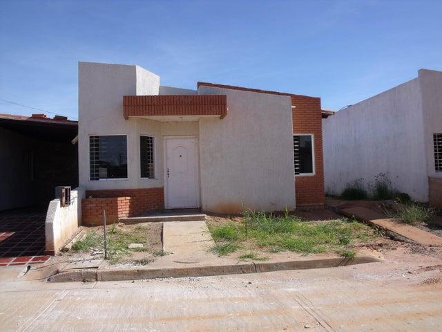 Casa Bolivar>Ciudad Bolivar>Sector Marhuanta - Venta:1.590.000 Precio Referencial - codigo: 15-16437