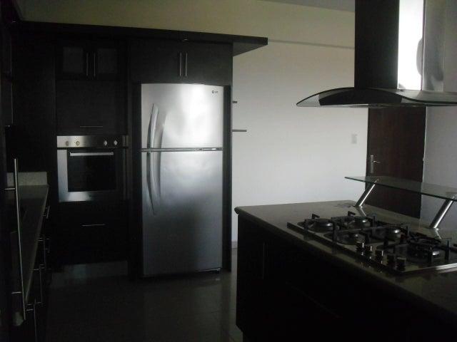 Apartamento Lara>Barquisimeto>Zona Este - Venta:17.000.000.000 Bolivares Fuertes - codigo: 15-16582