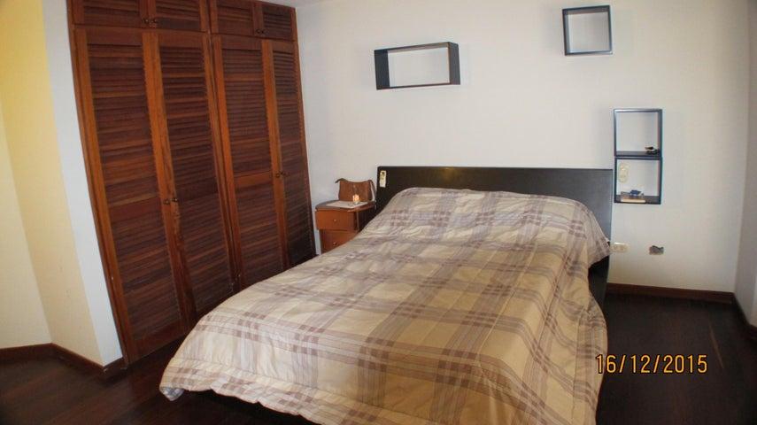 Casa Distrito Metropolitano>Caracas>Sorocaima - Venta:34.000.000.000 Bolivares - codigo: 15-16617