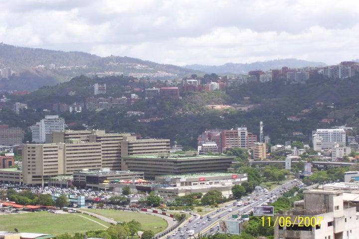 Local Comercial Distrito Metropolitano>Caracas>Chuao - Venta:138.137.000.000 Bolivares - codigo: 15-16618