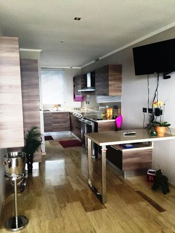 Apartamento Distrito Metropolitano>Caracas>Loma Linda - Venta:171.003.000.000 Precio Referencial - codigo: 15-16655