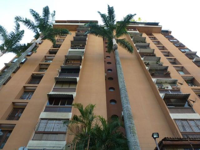 Apartamento Distrito Metropolitano>Caracas>Colinas de Los Caobos - Venta:97.716.000.000 Precio Referencial - codigo: 15-16737