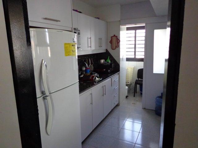 Apartamento Distrito Metropolitano>Caracas>El Rosal - Venta:89.789.000.000 Precio Referencial - codigo: 15-16725
