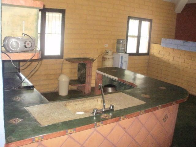 Casa Lara>Barquisimeto>Parroquia El Cuji - Venta:1.000 Precio Referencial - codigo: 15-16731