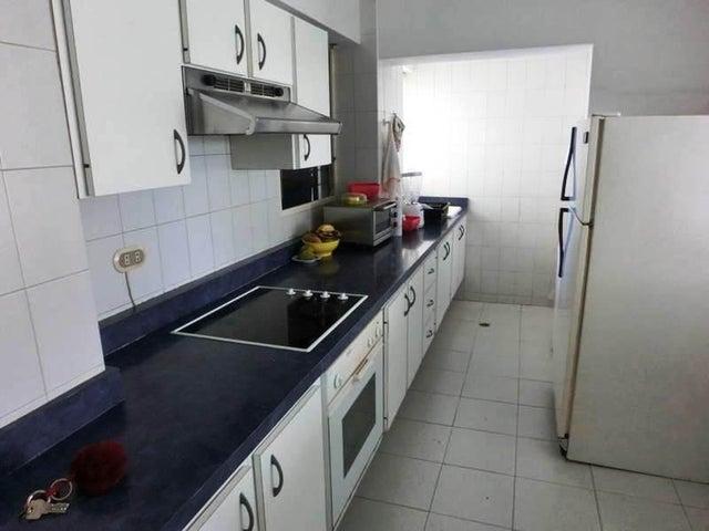 Apartamento Distrito Metropolitano>Caracas>Terrazas del Avila - Venta:93.182.000.000 Precio Referencial - codigo: 16-79
