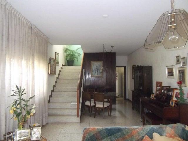 Casa Distrito Metropolitano>Caracas>Las Palmas - Venta:139.773.000.000 Precio Referencial - codigo: 16-147