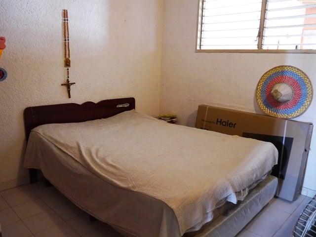 Casa Lara>Cabudare>Valle Hondo - Venta:13.542.000.000 Precio Referencial - codigo: 16-148