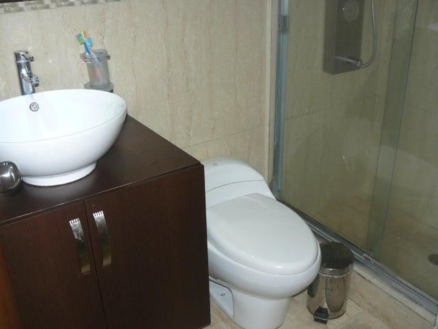 Apartamento Distrito Metropolitano>Caracas>Guaicay - Venta:53.000 US Dollar - codigo: 16-150