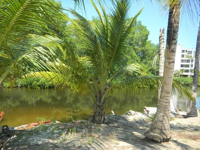 Terreno Miranda>Rio Chico>Los Canales de Rio Chico - Venta:1.505.000.000 Precio Referencial - codigo: 15-15857