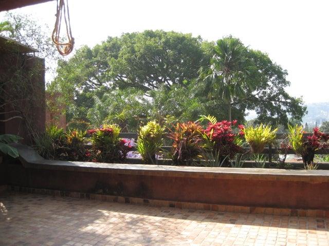 Apartamento Distrito Metropolitano>Caracas>Alta Florida - Venta:57.691.000.000 Bolivares Fuertes - codigo: 16-306