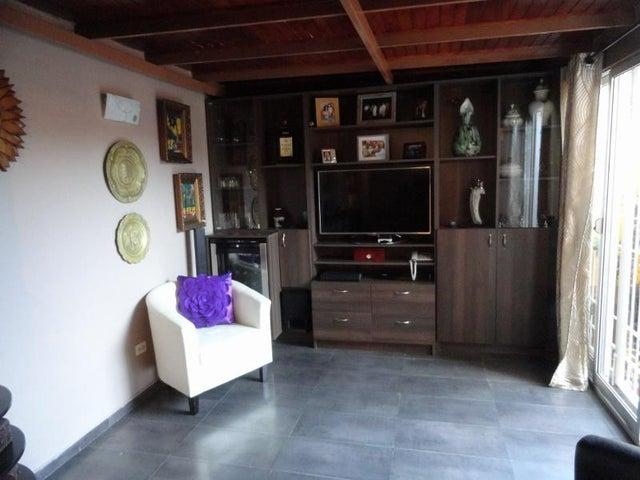 Apartamento Distrito Metropolitano>Caracas>Miravila - Venta:27.483.000.000 Precio Referencial - codigo: 16-400
