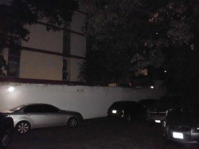 Apartamento Distrito Metropolitano>Caracas>La Florida - Venta:19.615.000.000 Bolivares Fuertes - codigo: 16-423