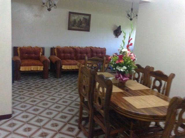 Apartamento Miranda>Cua>Quebrada de Cua - Venta:220.000.000 Bolivares Fuertes - codigo: 16-430