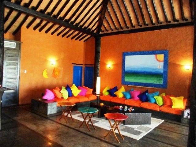 Casa Nueva Esparta>Margarita>Manzanillo - Venta:226.112.000.000 Bolivares - codigo: 15-13159