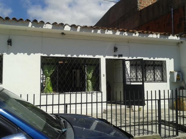 Casa Distrito Metropolitano>Caracas>Montecristo - Venta:253.388.000.000 Precio Referencial - codigo: 16-459