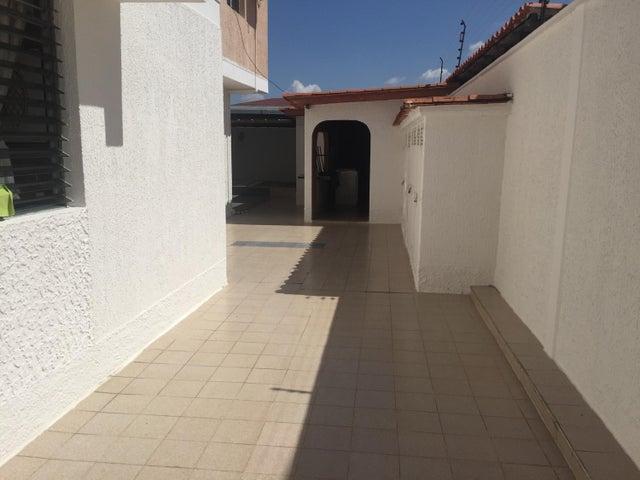 Casa Lara>Barquisimeto>Barisi - Venta:56.723.000.000 Precio Referencial - codigo: 16-487