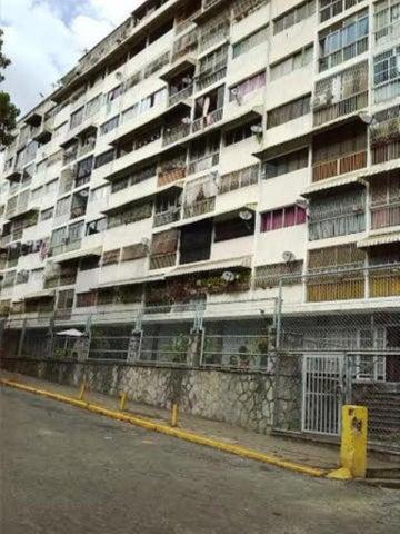Apartamento Distrito Metropolitano>Caracas>San Bernardino - Venta:12.925.000.000 Bolivares Fuertes - codigo: 16-585