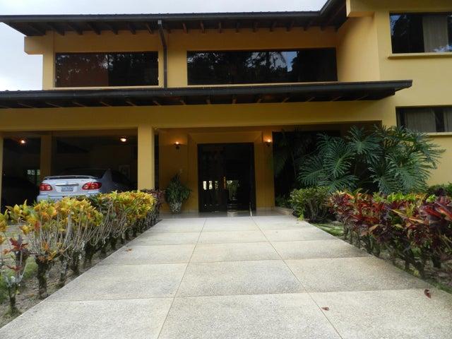 Casa Distrito Metropolitano>Caracas>Alto Hatillo - Venta:476.615.000.000 Precio Referencial - codigo: 16-695