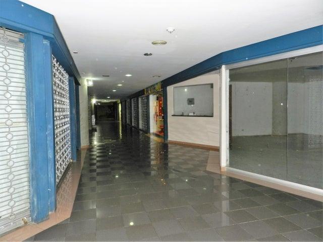 Local Comercial Miranda>San Antonio de los Altos>Las Minas - Venta:25.000 Precio Referencial - codigo: 16-2232