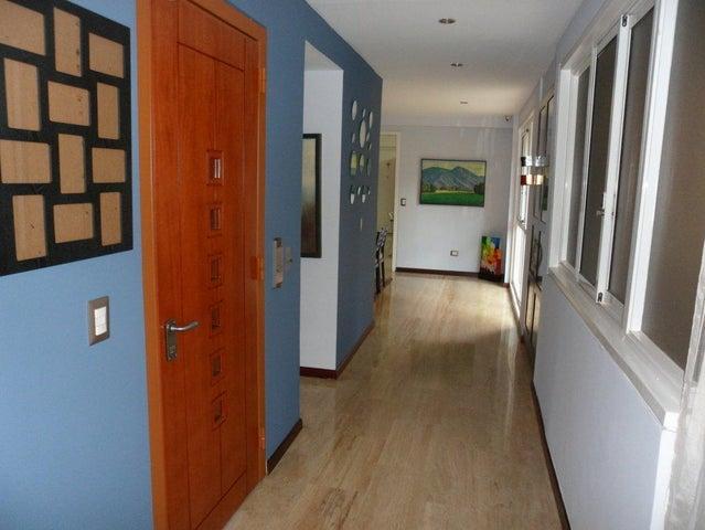Apartamento Distrito Metropolitano>Caracas>Campo Alegre - Venta:720.000 US Dollar - codigo: 16-902