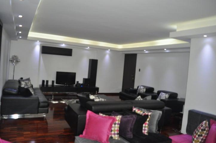 Apartamento Distrito Metropolitano>Caracas>La Tahona - Venta:36.211.000.000 Bolivares Fuertes - codigo: 16-1277