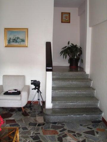 Casa Distrito Metropolitano>Caracas>San Bernardino - Venta:410.233.000.000 Precio Referencial - codigo: 16-985