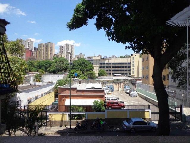 Casa Distrito Metropolitano>Caracas>San Bernardino - Venta:76.962.000.000 Precio Referencial - codigo: 16-985