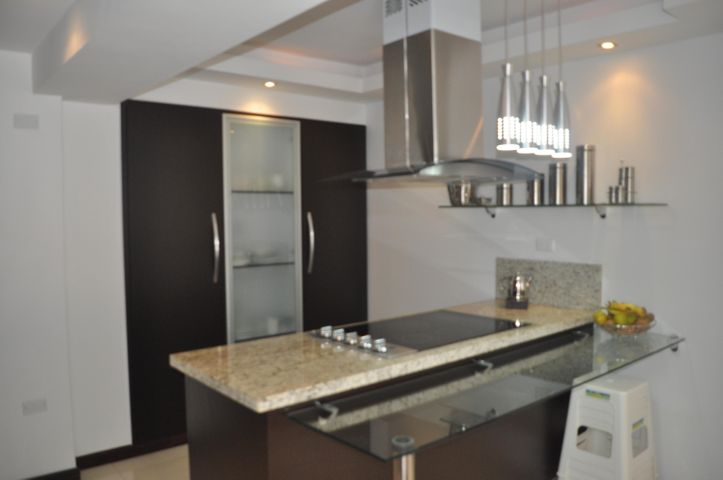 Apartamento Distrito Metropolitano>Caracas>Los Naranjos del Cafetal - Venta:167.076.000.000 Precio Referencial - codigo: 16-1053