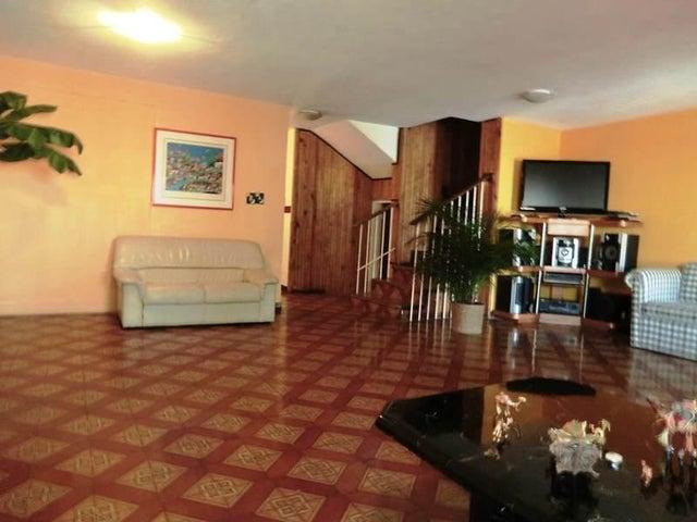Casa Distrito Metropolitano>Caracas>Alto Prado - Venta:210.000 Precio Referencial - codigo: 16-999