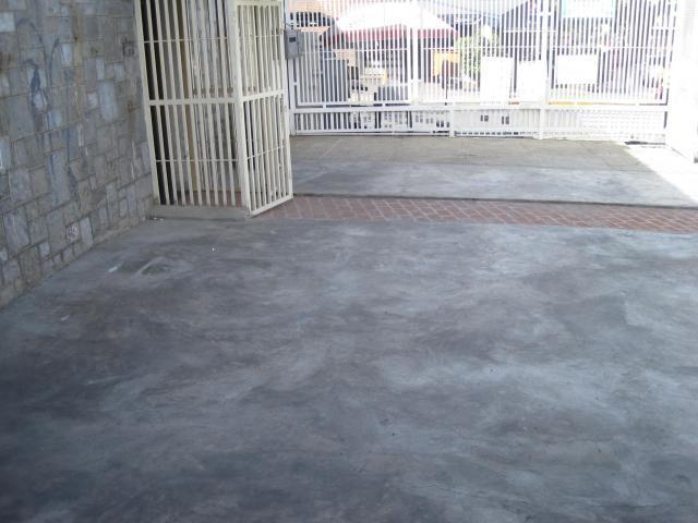 Casa Distrito Metropolitano>Caracas>La Florida - Venta:178.786.000.000 Precio Referencial - codigo: 16-1047