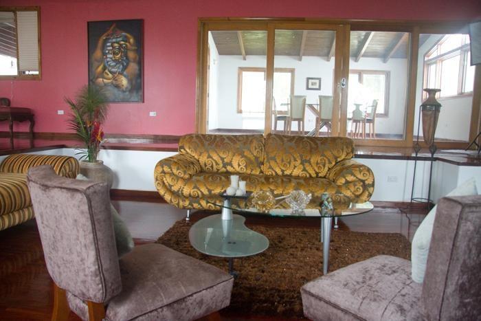 Casa Distrito Metropolitano>Caracas>La Lagunita Country Club - Venta:571.576.000.000 Precio Referencial - codigo: 16-1148