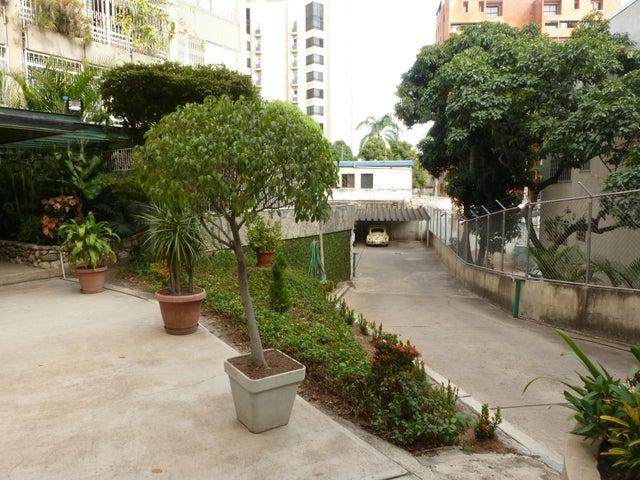 Apartamento Distrito Metropolitano>Caracas>El Rosal - Venta:177.936.000.000 Precio Referencial - codigo: 16-1139