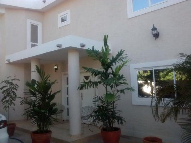 Townhouse Zulia>Ciudad Ojeda>Bermudez - Venta:83.375.000.000 Precio Referencial - codigo: 16-1183