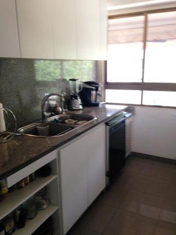 Apartamento Distrito Metropolitano>Caracas>Los Chorros - Venta:109.931.000.000 Precio Referencial - codigo: 16-1206