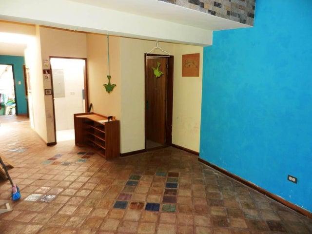 Casa Distrito Metropolitano>Caracas>El Placer - Venta:263.324.000.000 Precio Referencial - codigo: 16-1212