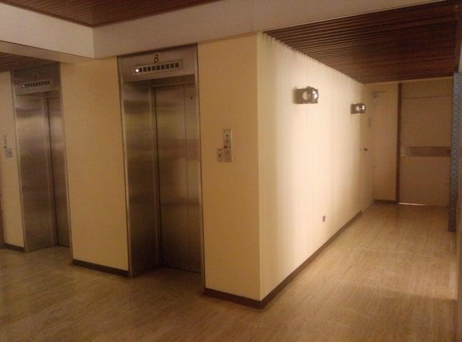 Apartamento Distrito Metropolitano>Caracas>La Florida - Venta:40.737.000.000 Bolivares Fuertes - codigo: 16-1363