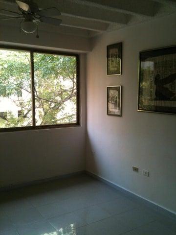 Apartamento Carabobo>Valencia>Campo Alegre - Venta:5.658.000.000 Bolivares Fuertes - codigo: 16-1329