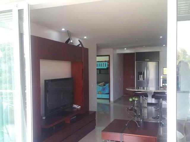 Apartamento Distrito Metropolitano>Caracas>La Boyera - Alquiler:24.000.000 Bolivares Fuertes - codigo: 16-1588