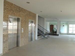 Apartamento Zulia>Maracaibo>Avenida Goajira - Venta:4.845.000.000 Bolivares Fuertes - codigo: 16-1543