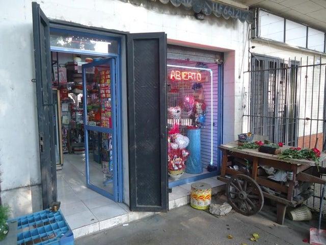 Negocios y Empresas Distrito Metropolitano>Caracas>Los Chaguaramos - Venta:10.261.555.000.000 Bolivares - codigo: 16-1549