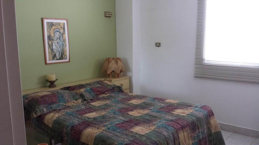 Apartamento Miranda>Rio Chico>Los Canales de Rio Chico - Venta:10.575.000.000 Bolivares Fuertes - codigo: 16-1565