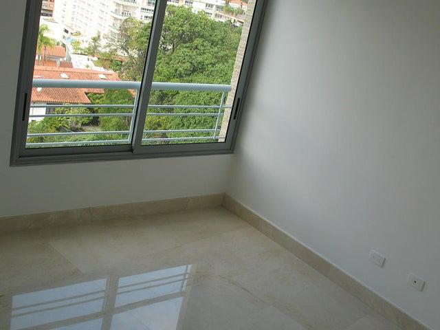 Apartamento Distrito Metropolitano>Caracas>Las Mercedes - Alquiler:10.160.000 Precio Referencial - codigo: 16-1573